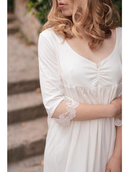 Dámska nočná košeľa z organickej bavlny skrajkou